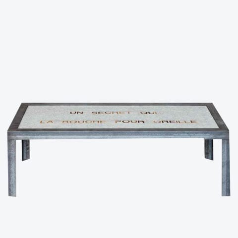 """Table """"Un Secret"""""""