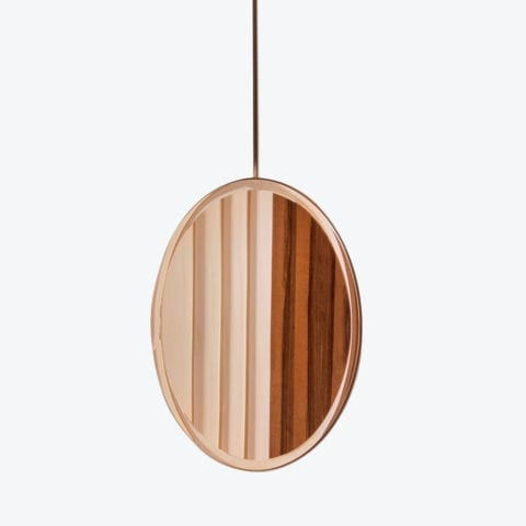 A Suspended Moment Mirror