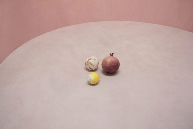 TheInvisibleCollection_LolaLely_Pink&BlueTable