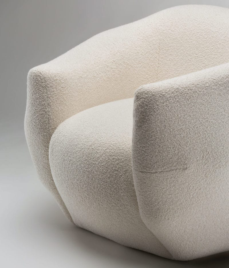 The_Invisible_Collection_Pierre_Yovanovitch_Asymmetry_Armchair_16