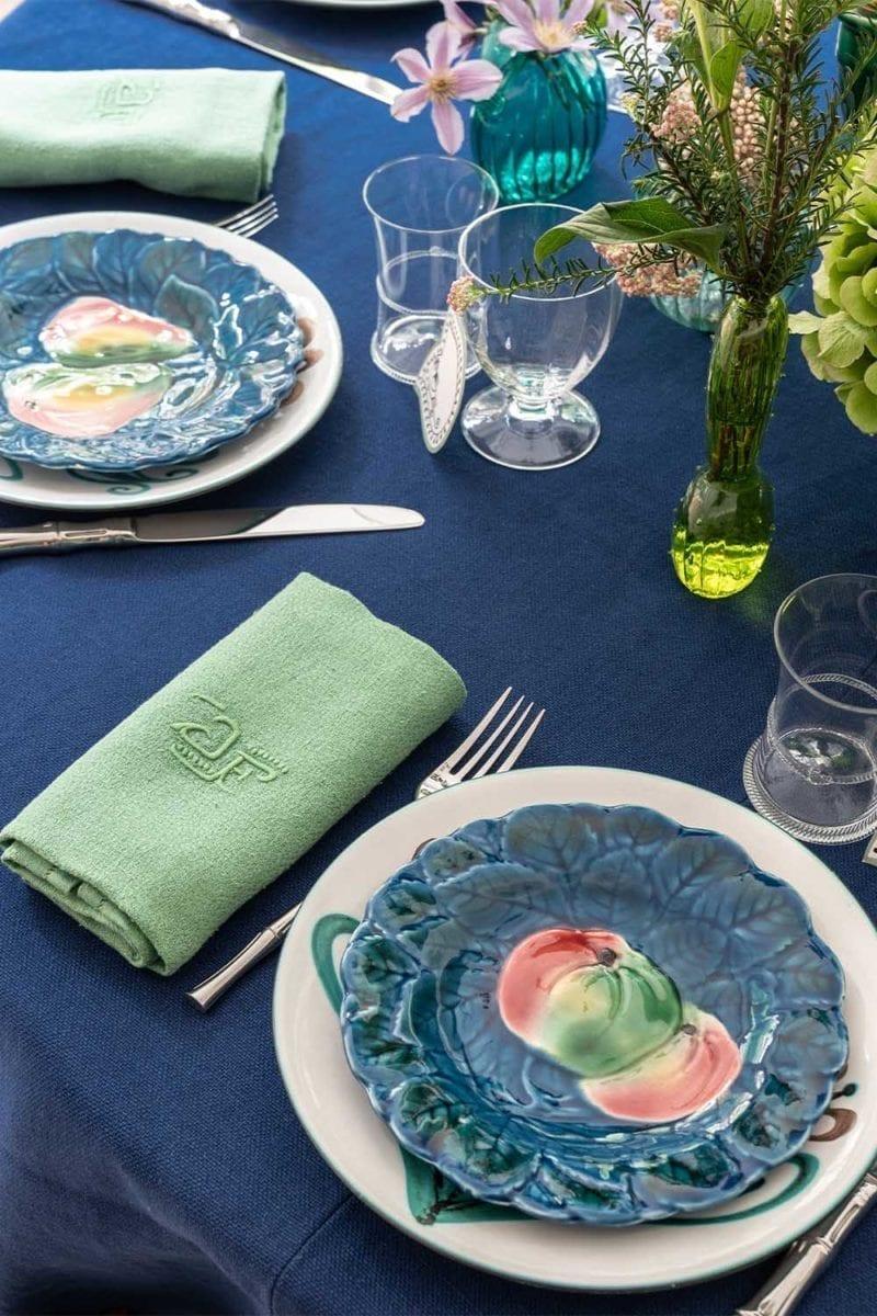 The Invisible Collection Picault Dinner Set for 12 Diner en Ville
