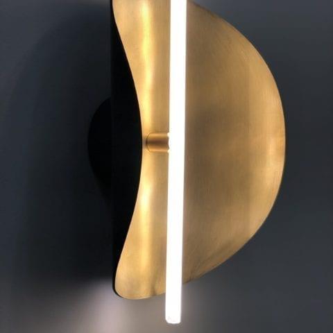 The Invisible Collection Takosu Wall Lamp Victoria Magniant