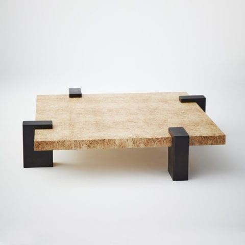 Hug Table