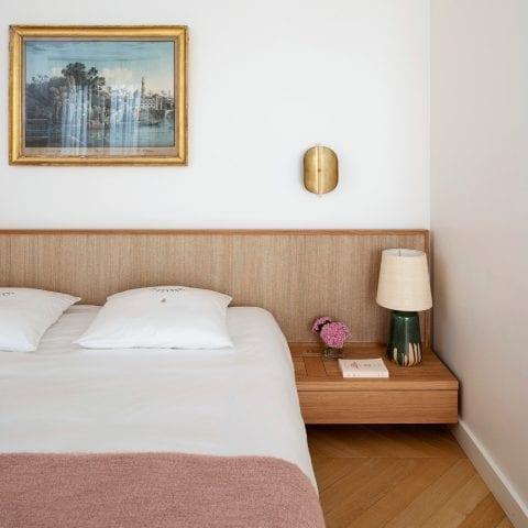 Samba 2 Bed, Headboard & Bedside Tables